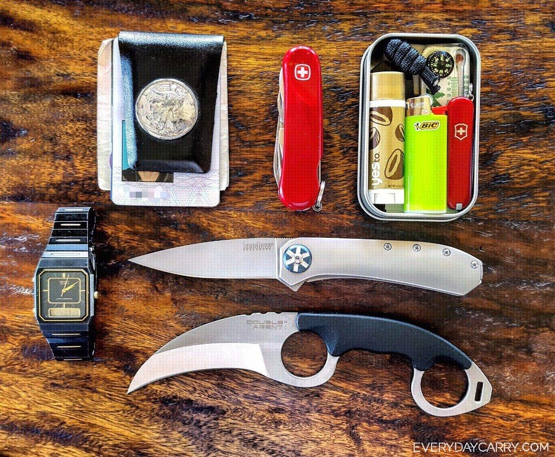 Everyday Carry 16 M United States Businessman