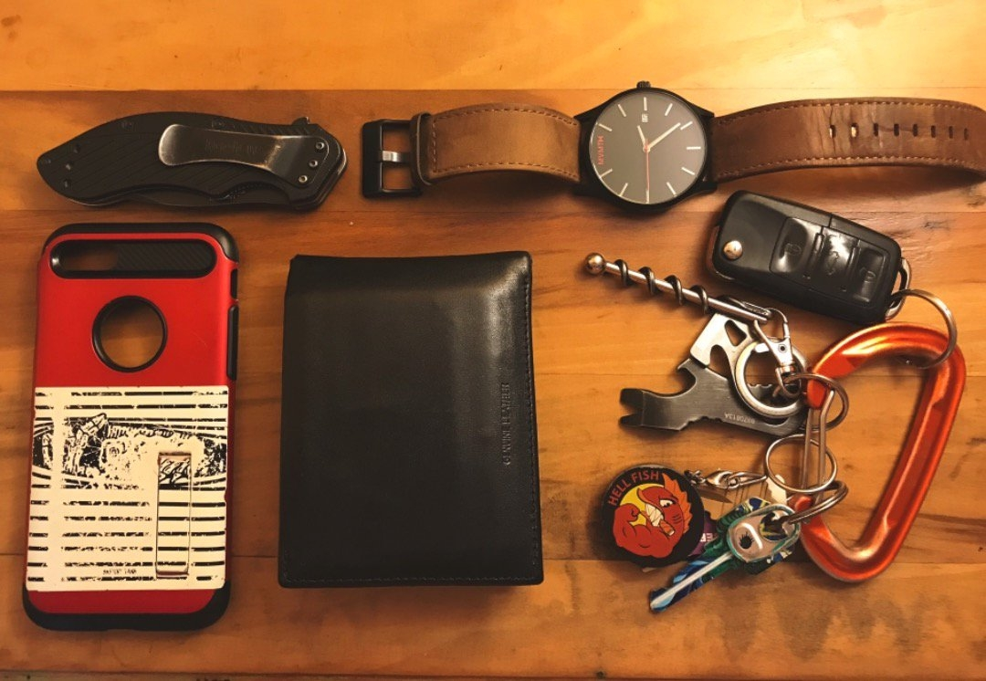 everyday carry what are your edc essentials