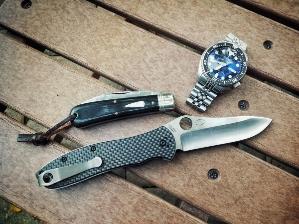 Date-night-with-the-wife carry