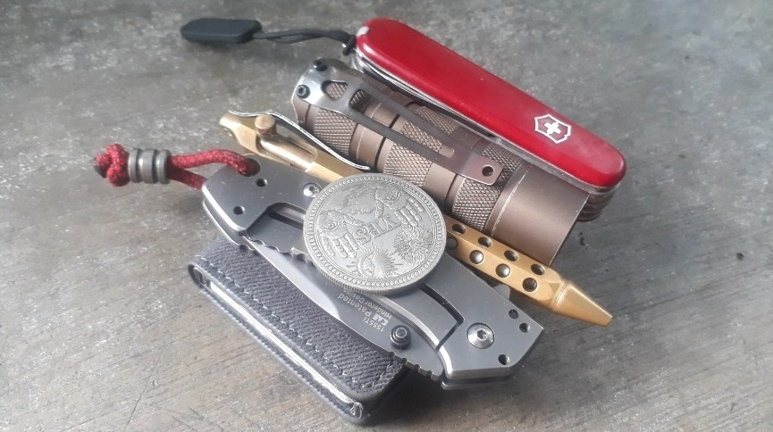 Office/warehouse carry