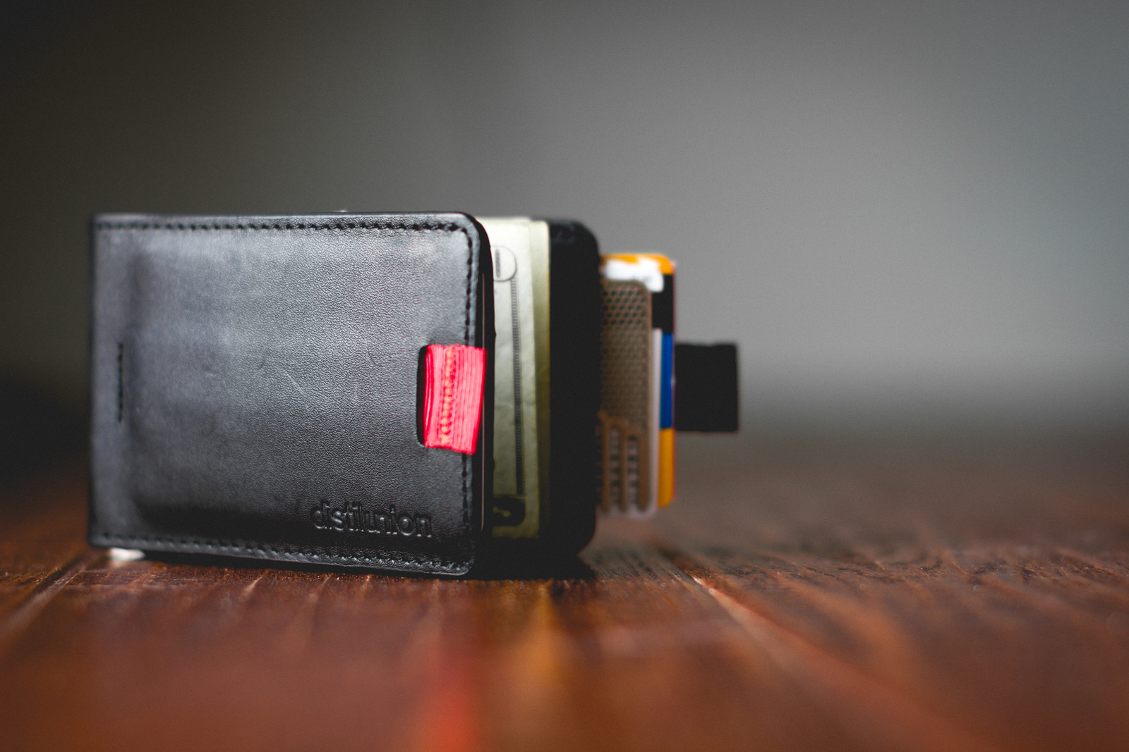 Distil Union Wally Bifold Wallet Review