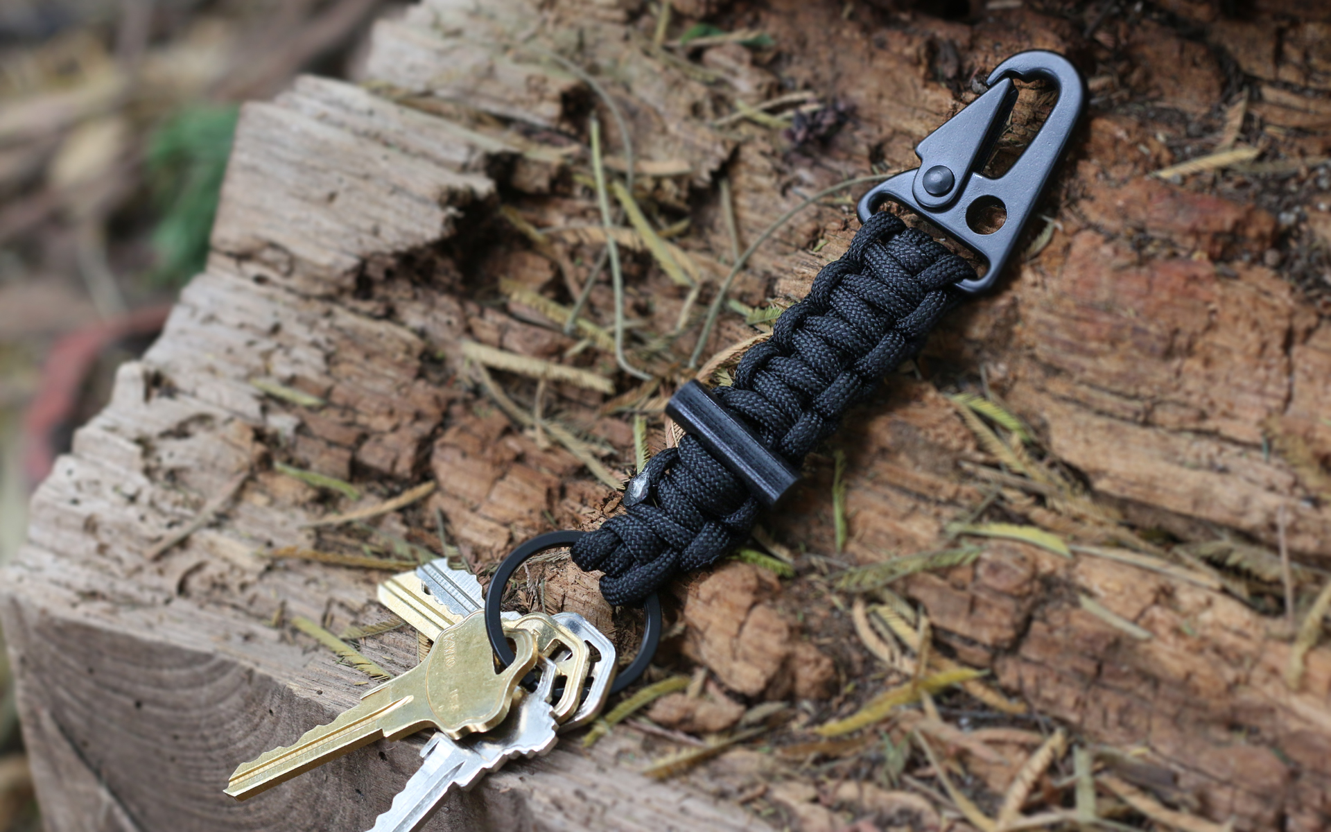 Bomber Cord Survival Keychain