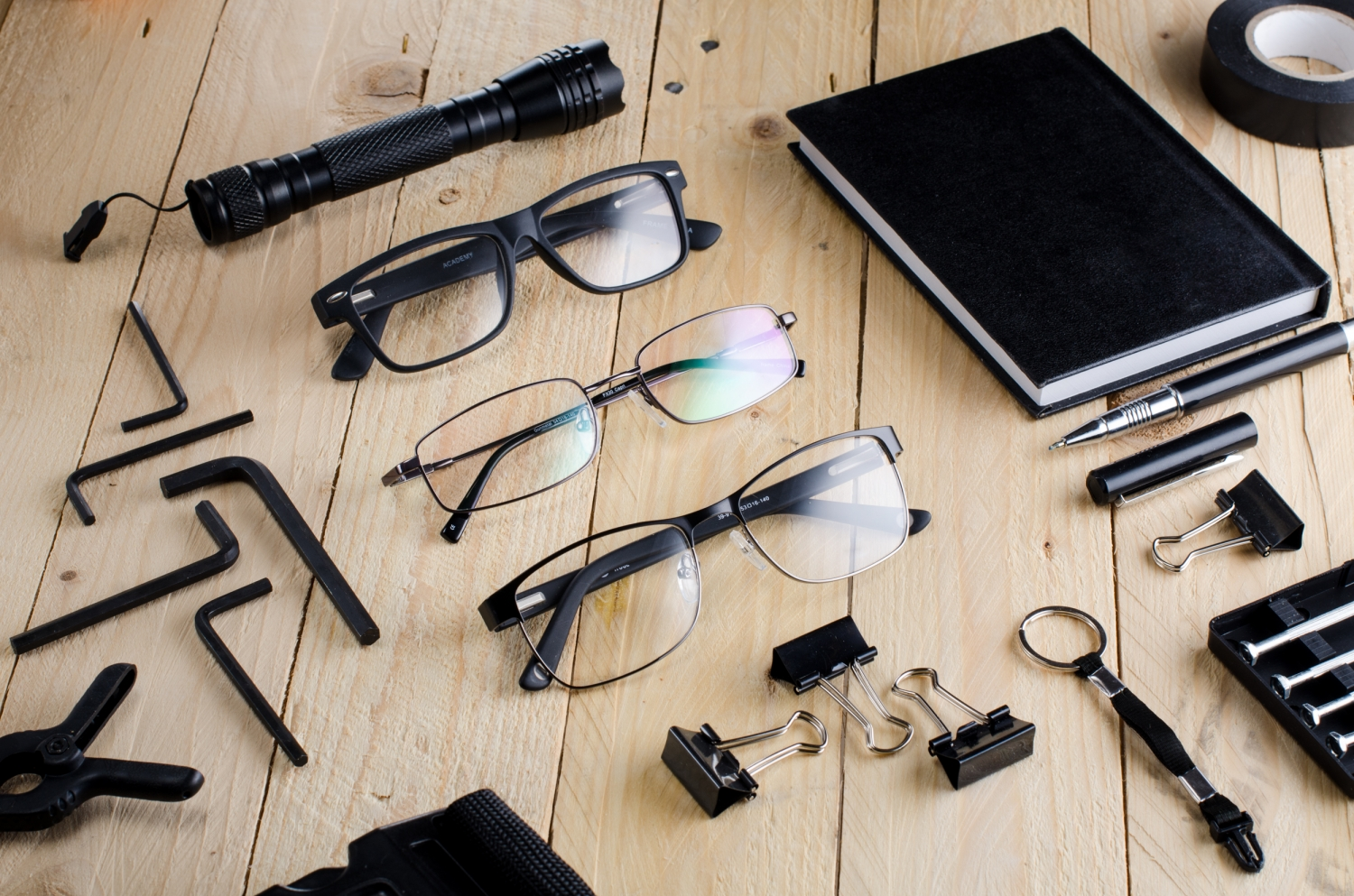 Sponsored: The EDCer's Guide to Glasses on a Budget