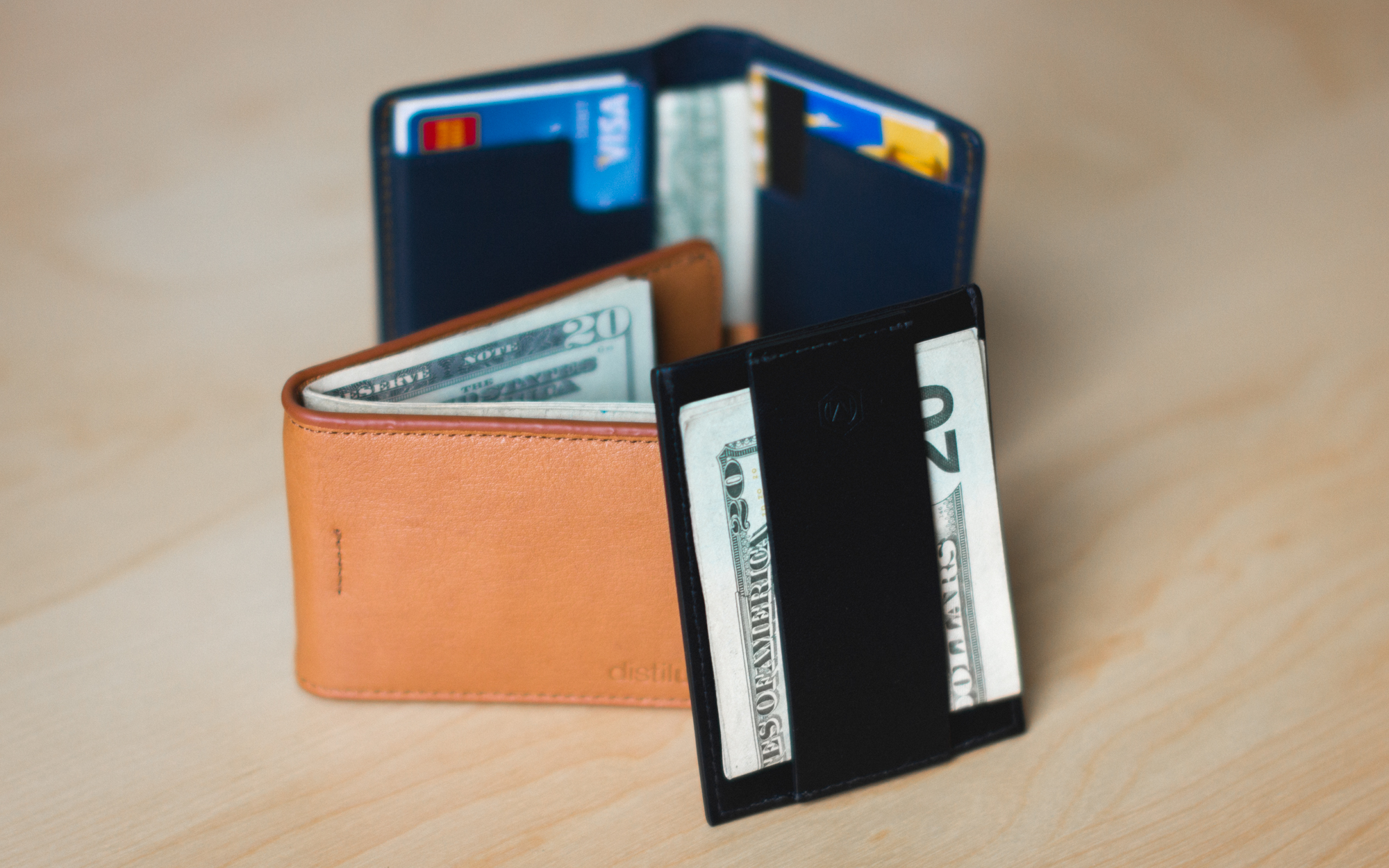 The Best Minimalist EDC Wallets for Carrying Cash