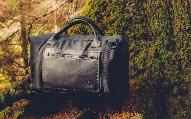 Fang & Hoof Companion Bag