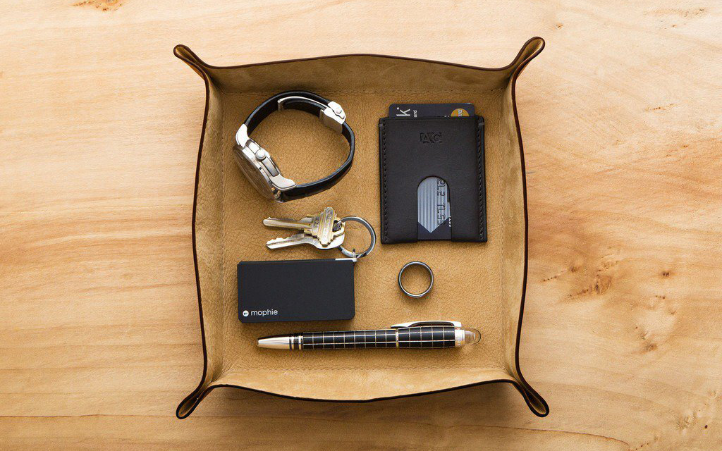 8 Valet Trays to Organize Your EDC at Home