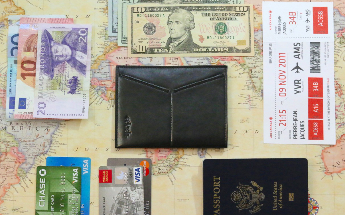 DASH Travel Wallet