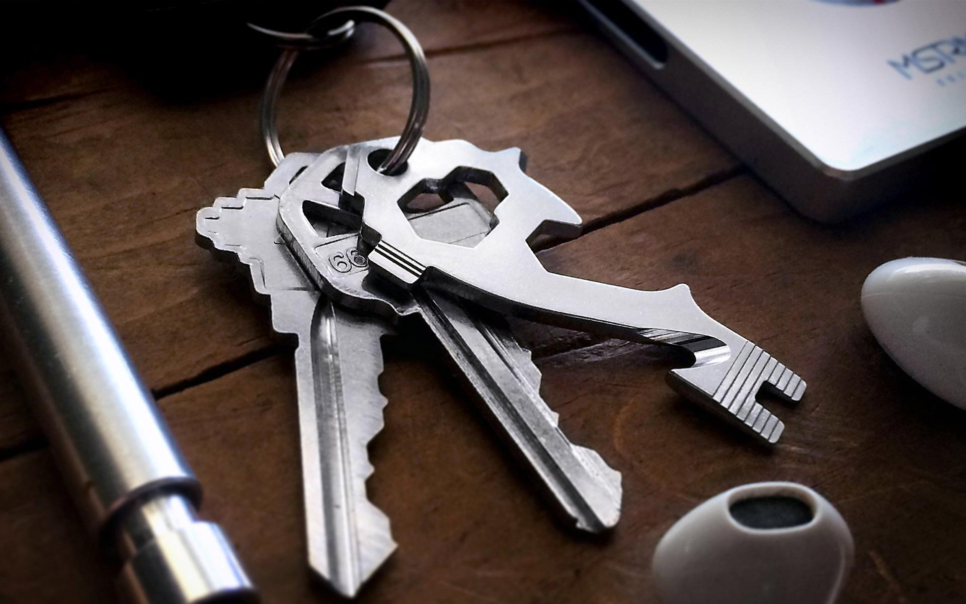 The MSTR Key