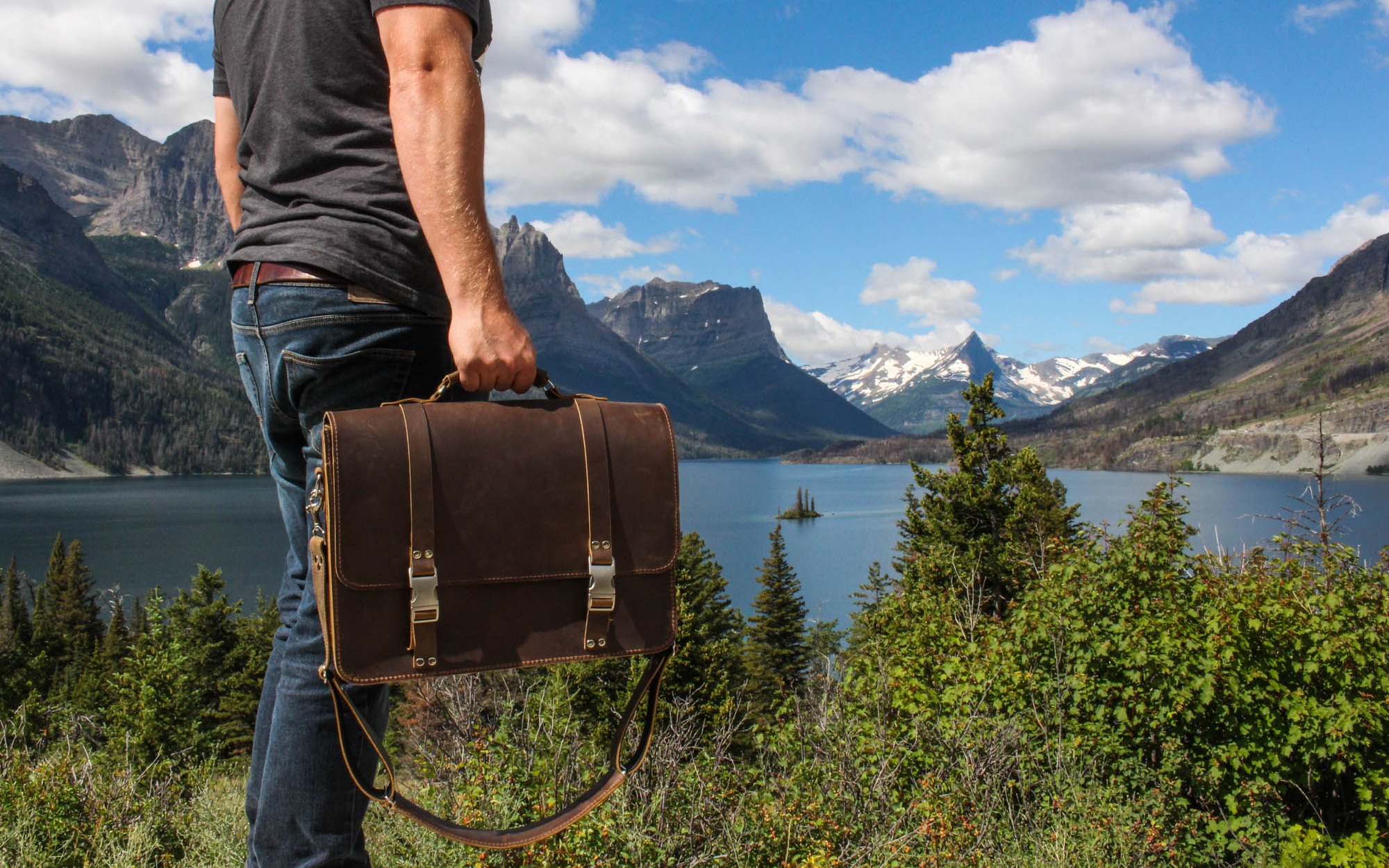 Rugged Material Classic Leather Messenger Bag