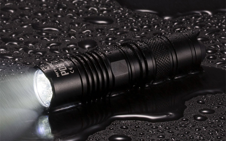 Nitecore P05 Flashlight