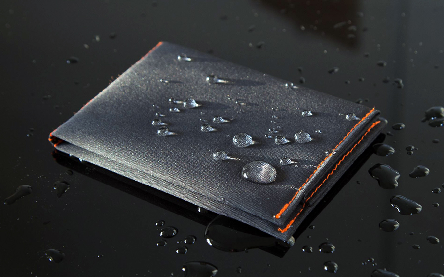 8 EDC Wallets Made from Unique Materials