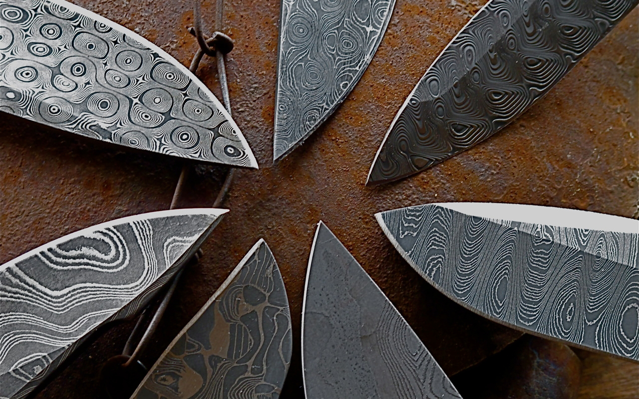 An Introduction to Damascus Steel EDC Knives