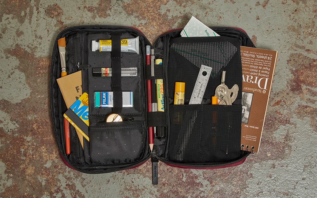 incase Flight Nylon Accessory Organizer
