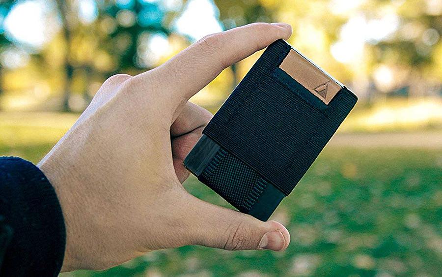 Trending: Nomatic Minimalist Wallet