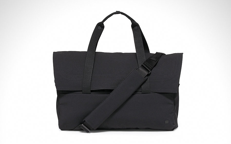 lululemon Early Embark Duffel