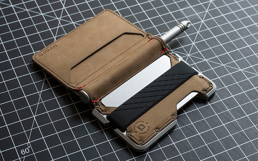D01 Dapper Leather Pen Wallets