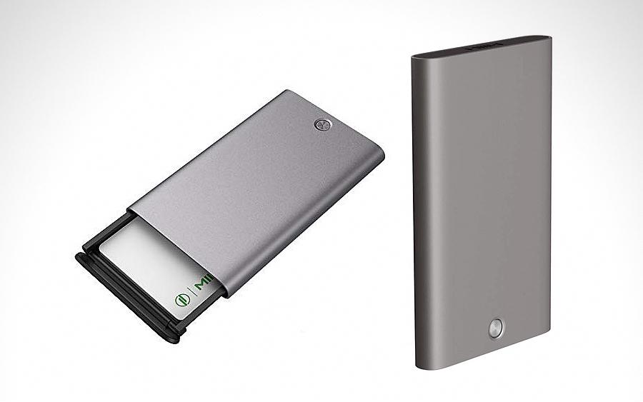 6. Xiaomi MIIW Card Case