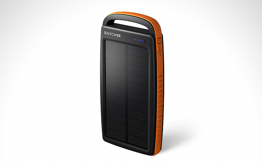 Power Bank: RAVPower Solar Power Bank