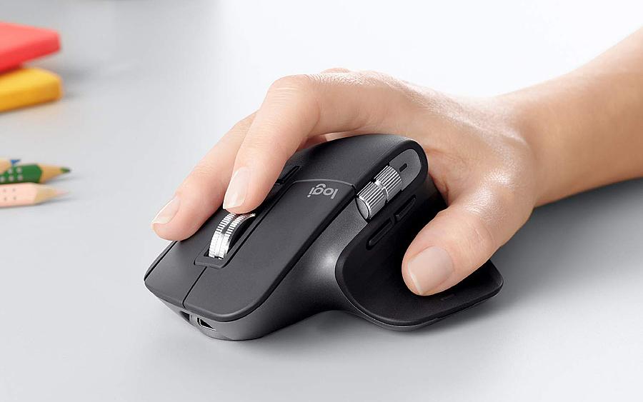 Mouse: Logitech MX Master 3