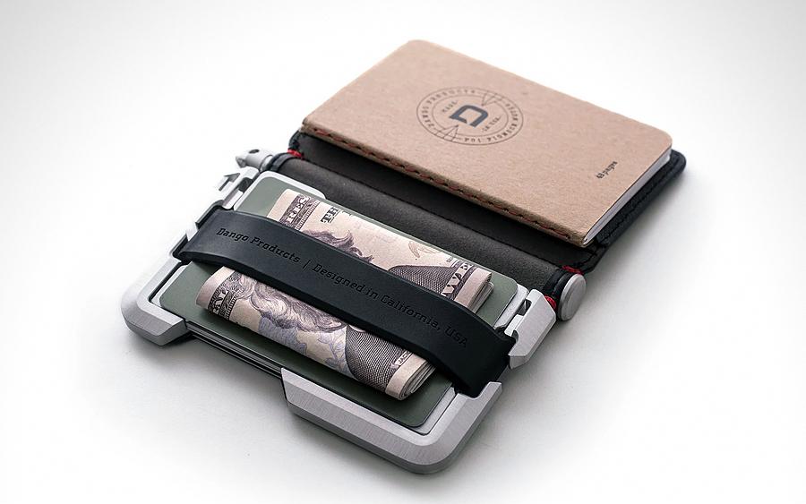 D01 Pen Wallet