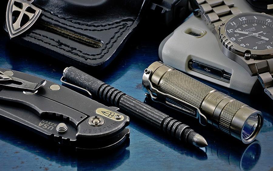 Hinderer Investigator Defense Tactical Pens