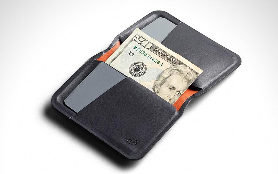 Trending: Bellroy Apex Slim Sleeve Wallet