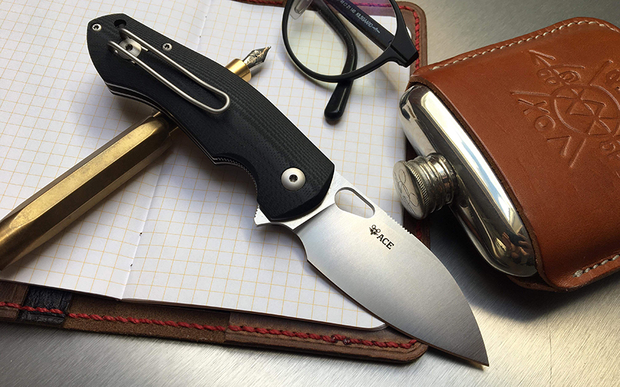 GiantMouse ACE Biblio Pocket Knives