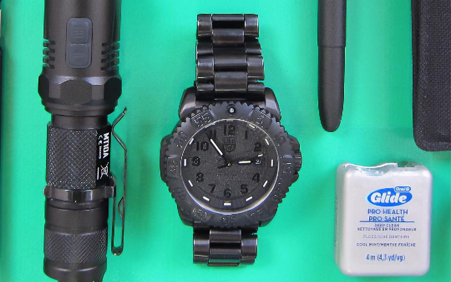 Trending: Luminox 3051.BO Navy Seal Quartz Watch