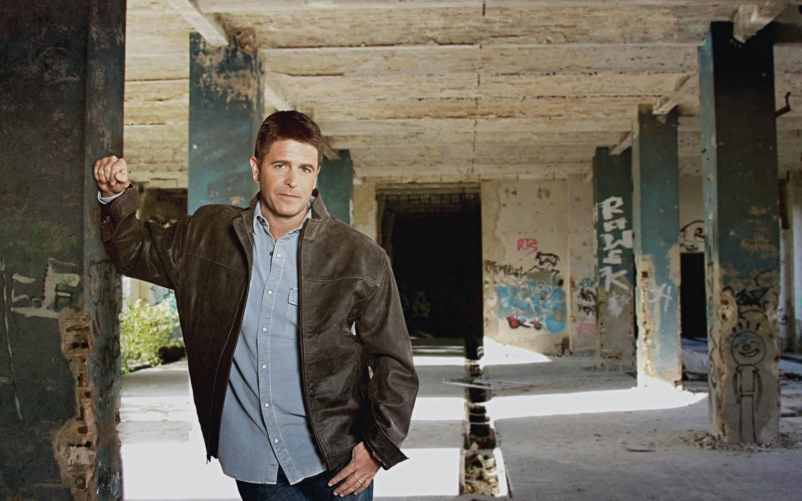 Novelist Brad Thor, What's in Your EDC?